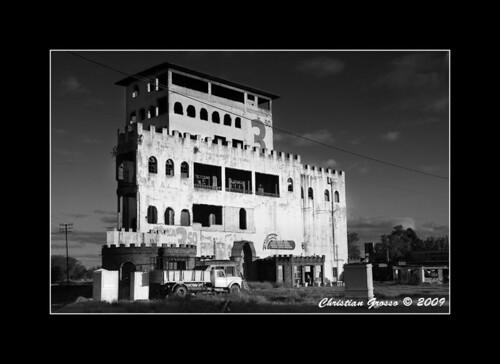 El Castillo Abandonado de Cañuelas
