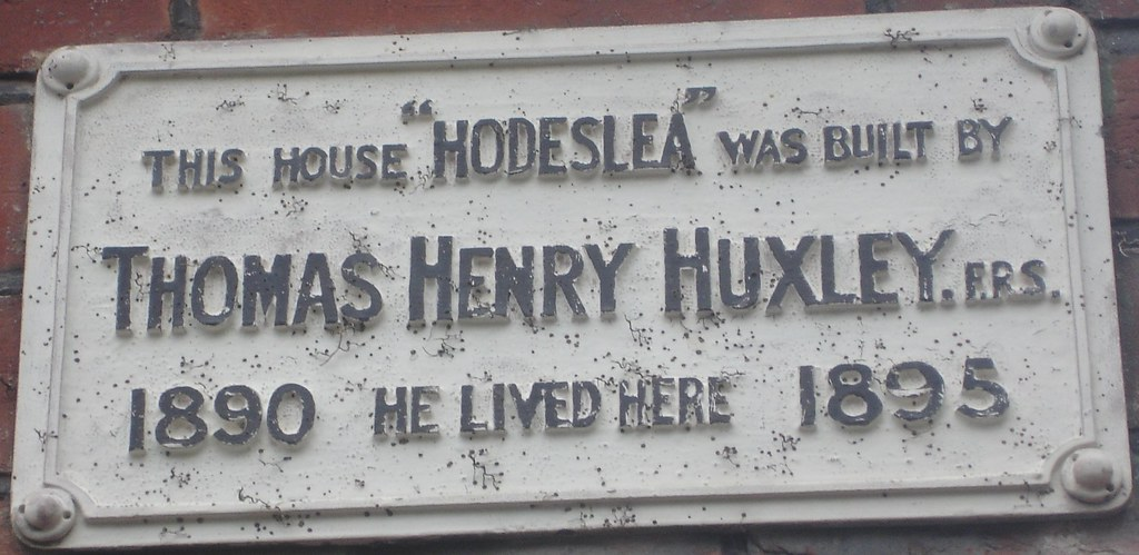 Photo of Thomas Henry Huxley green plaque
