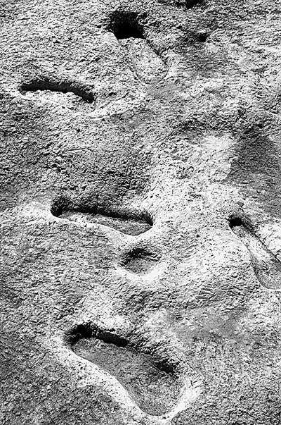 两千年前留下的脚印