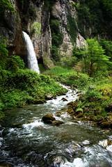 Kakueta Waterfalls (alxH3o) Tags: green water landscape waterfall eau europe pentax vert canyon paysage cascade euskadi 3x2 paysbasque soule flickrpublic k200d pentaxk200d saintengrace gorgesdekakueta printing201203 200905joursjunkakueta alexh3o