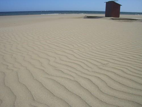 Olas de mar en la arena