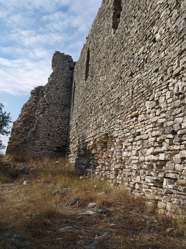 051-Kastro_s_wall