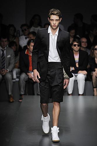 Francisco Lachowski317_SS10_Milan_Gianfranco Ferre
