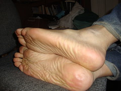 DSC00280 (Doogie63) Tags: black male feet barefeet soles yella malefeet