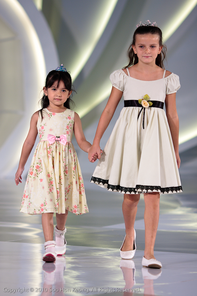 Licence to STYLE - Fashion On 1 - Flower Girl @ 1 Utama, KL, Malaysia