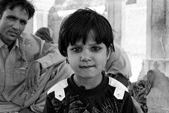 mi sono innamorato... (damnsalentino) Tags: people india girl beautiful children jaipur