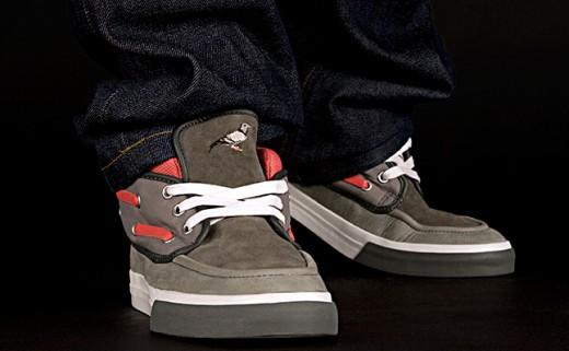 converse-chukka-x-staple-pigeon-3-520x321