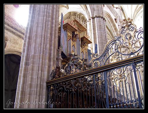 Organo de la Epístola de la Catedral Nueva de Salamanca - Fachada del Coro
