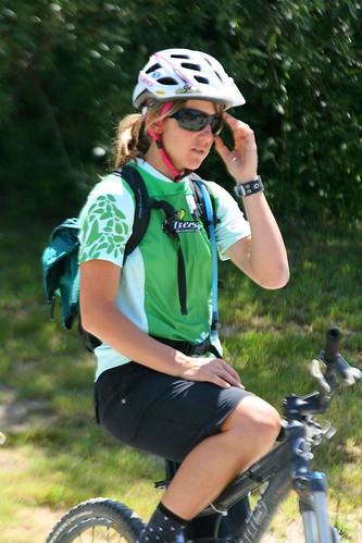 Dirt Series in Santa Cruz: Mountain Bike Skills Clinic for Women