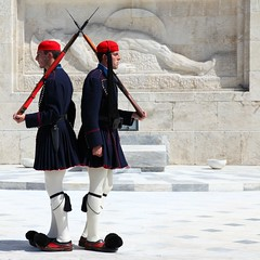 The guards of Syntagma (... Arjun) Tags: 15fav man men topf25 1025fav 510fav square soldier army shoe death iso100 memorial shoes uniform europe guard 100v10f athens symmetry greece 2550fav 500v50f sq