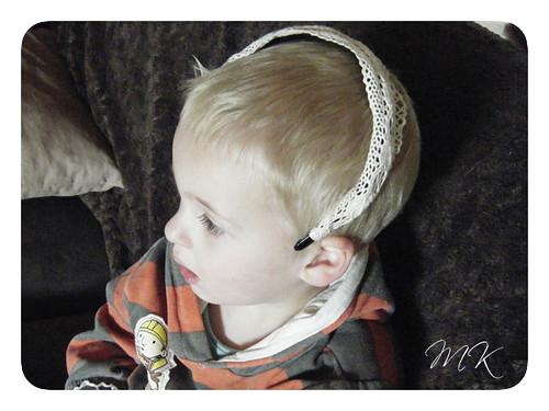 austin in headband