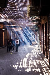 In The Shadow, In The Light (Antonio Torres Ochoa) Tags: ad morocco marrakech lucesysombras marruecos lightandshadow frica   marraquech sq tamurtnakkuc marrku intheshadowinthelight ciudadesimperialesdemarruecos elzocodemarrakech
