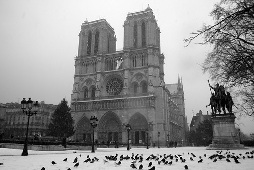 Cathédrale Notre dame sous la neige, Paris, France