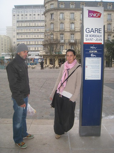 Seb and Magali see me off at Gare St Jean