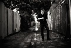 Hoppípolla (TommyOshima) Tags: leica monochrome 50mm alley fitzroy australia melbourne f10 200 lane konica noctilux rodinal 125 velco selfdeveloped strangeweather fomapan photospace hexarrf velcodojcinovski