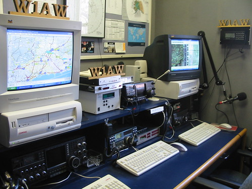 """Operating position at W1AW, ARRL HQ • <a style=""""font-size:0.8em;"""" href=""""http://www.flickr.com/photos/10945956@N02/3435144511/"""" target=""""_blank"""">View on Flickr</a>"""