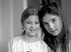 Maria & Marta (eraunzeta) Tags: maria marta selfdeveloped mamiya645protl kodak400tmax mamiyasekor80mmf19