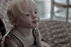 There Are No Seven Wonders Of The World In The Eyes Of a Child, (eL reEem eL sro0o7e ♥) Tags: world canon 50mm emily child abu dhabi wonders the of elreeem elsrooo7e