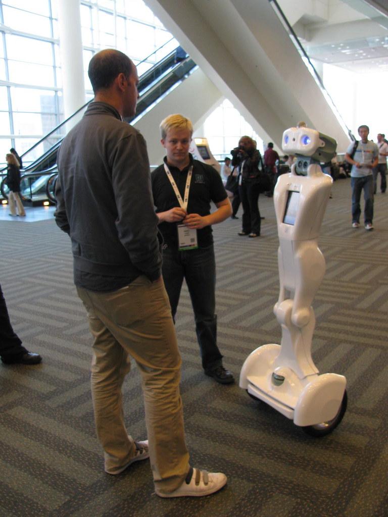 Google I/O 2009 robot