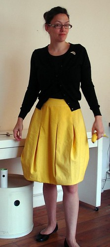 Yellow upside down tulip skirt 080609 018