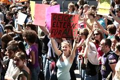 IMG_6024 (quox | xonb) Tags: demo stuttgart gegenstudiengebhren protest uni masterplan unistuttgart studenten schler geisteswissenschaften ressel bildungsstreik