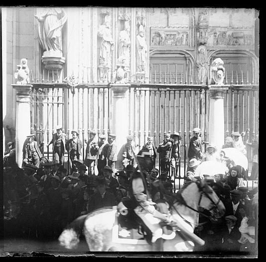 Corpus Christi de Toledo hacia 1910. Colección de D. Santiago Relanzón Almazán. Ayuntamiento de Toledo