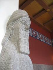 Pergamon Museum (mediafury) Tags: red berlin history sphinx germany beard deutschland europe iraq middleeast historical monuments pergamonmuseum bearded treasures assyria antiquities museumisland halfman gatekeepers niniveh dierückkehrdergötter assyrianwingedguard