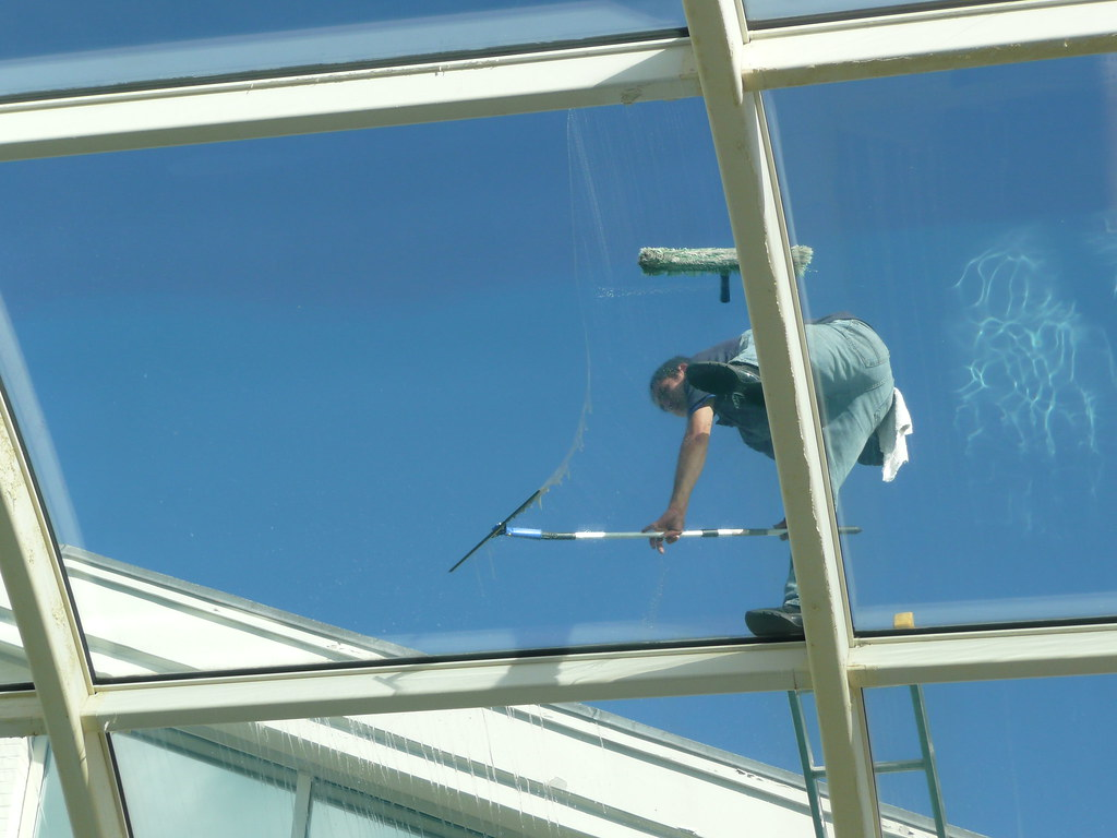 Sunroom Window Cleaning (Highrise)