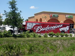 Budweiser Kenworth with Red Trailer (FormerWMDriver) Tags: red tractor beer truck big drink beverage semi rig delivery bud trailer budweiser kw kenworth