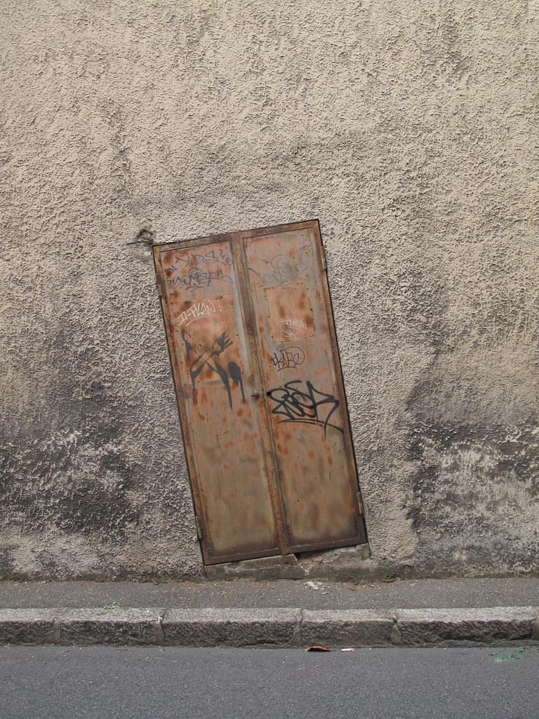 sloped door