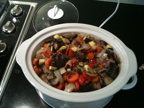 Savory mushroom bread pudding in the slow cooker, inspired I believe by @tacomaki or @clairuswoodsii