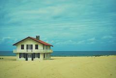 All I need (thisisforlovers) Tags: house france beach casa alone playa francia eternalsunshineofthespotlessmind solitaria olvidatedemi
