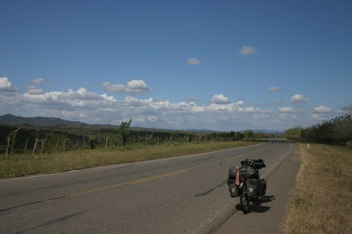 Nice and hothothot cycling in northern Colombia, south of San Juan.