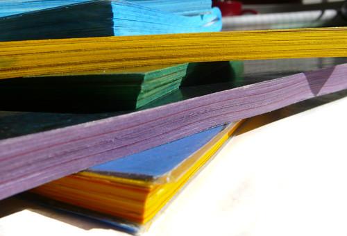 Cuadernos reciclando papeles