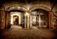 Casino Royale (Batram) Tags: abandoned casino explore urbanexploration soviet column barracks frontpage demolished hdr royale redarmy kaserne urbex russen kasino sule nohra rotearmee sowjet lostplace batram   8thguardsarmy 8gardearmee veburbexthuringia vanishingextraordinarybuildings