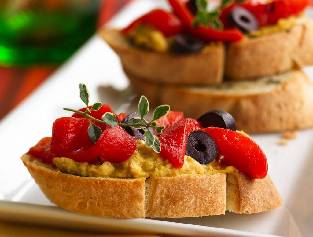 Hummus Bruschetta Recipe