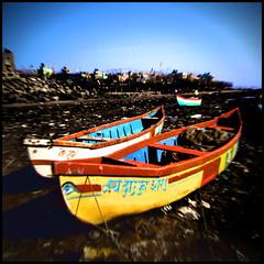 Twin Boat (AdreWine) Tags: india beach boats bombay bom mumbai versovabeach