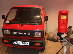 Bedford Rascal (1987) and Type K Pillar Box (1979) (British Postal Museum & Archive) Tags: postoffice postbox royalmail van gpo pillarbox typekpillarbox bedfordrascal