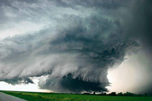 龙卷风 by brianchi.