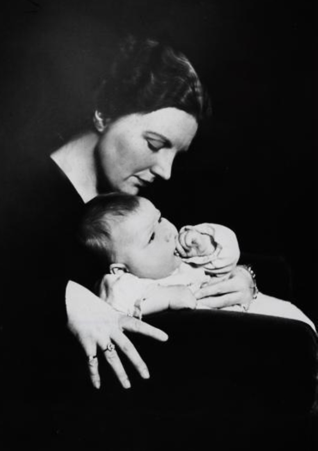 Newborn princess Beatrix with her mother, crown princess Juliana, The Netherlnads, 1938, photoedited