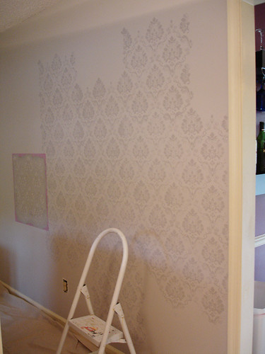Home Renovation: Front Room Stencilling