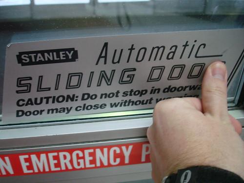 Automatic Sliding Doo