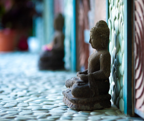 buddhas at the door