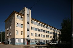 A. Zilbert (?), Apartment building in the Auto-Factory Sotsgorod, Nizhny Novgorod. ca. 1930 (rpa2101) Tags: architecture canon 5d 24mm gorky tse  sovietarchitecture nizhniinovgorod