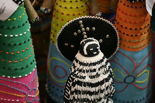 african dolls: b&w