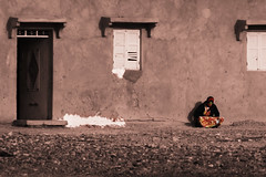 . (mariogiuffrida) Tags: africa door wall nikon alone morocco marocco nikkor dslr d80 windowshouse