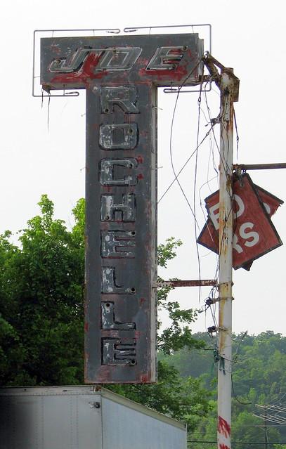 Joe Rochelle's Used Cars neon sign