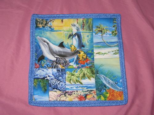 Dolphin Hotpad