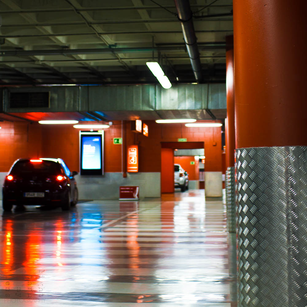 Un Parking Naranja