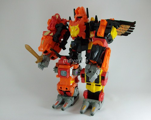 Transformers Predaking G1 - modo robot (by mdverde)